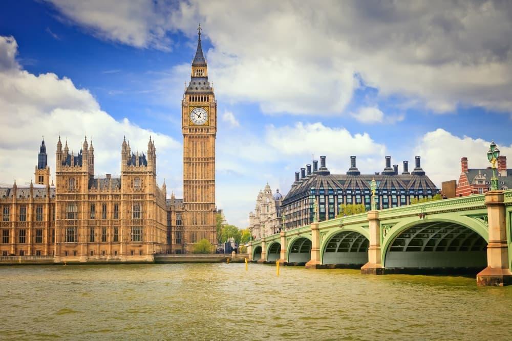 Londres: 2 noites + voos, desde 174€